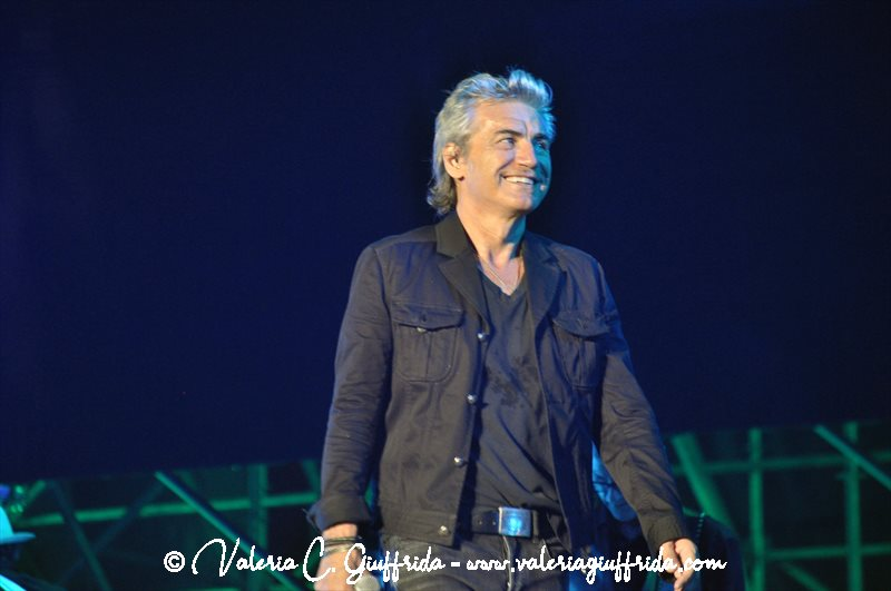 LIGABUE - MESSINA 17-6-19 - Ph. Valeria C. Giuffrida (11)