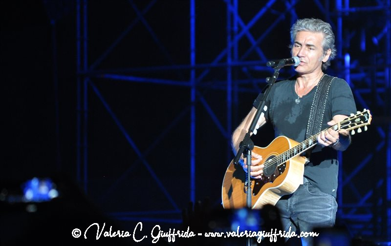 LIGABUE - MESSINA 17-6-19 - Ph. Valeria C. Giuffrida (14)