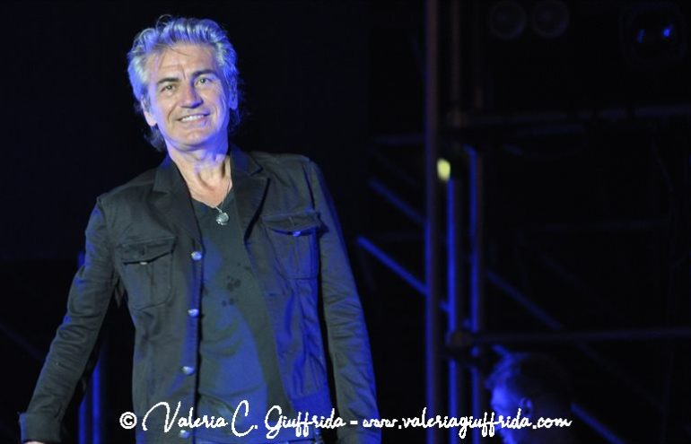 LIGABUE - MESSINA 17-6-19 - Ph. Valeria C. Giuffrida (9)